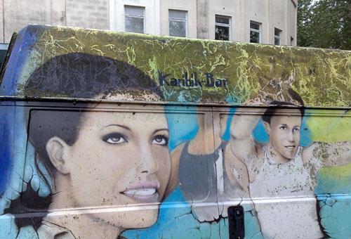 Disco-Bus mit Malerei