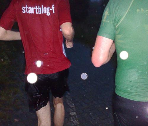 Durchnässte Läufer im Regen