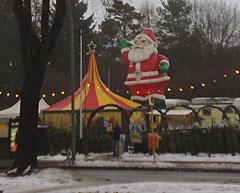 Weihnachtsmarkt und Tannenbaumverkauf