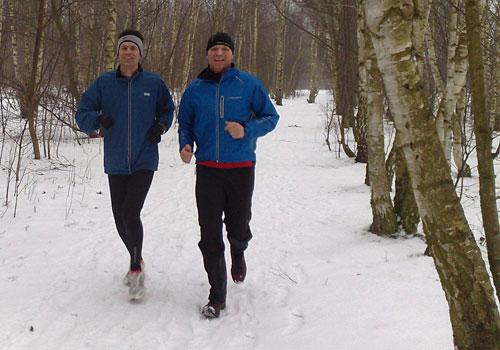 Läufer bei Schnee in Lichtenrade