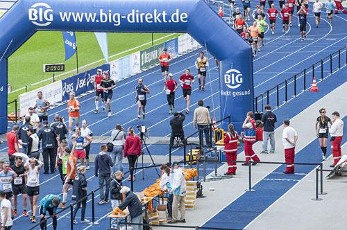Zieleinlauf beim Big25 Berlin 2013