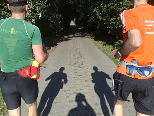 Läufer mit Schatten