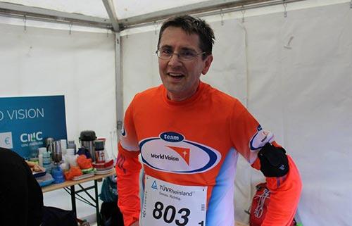Team World Vision Läufer nach dem Lauf