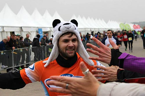 Berliner Marathonstaffel mit Panda