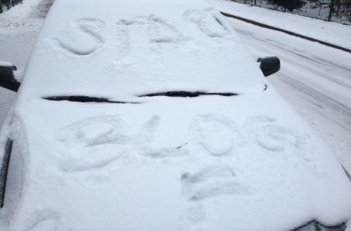 Auto-Beschriftung im Schnee