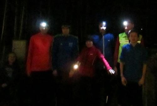Lauf-Team mit Stirnlampen
