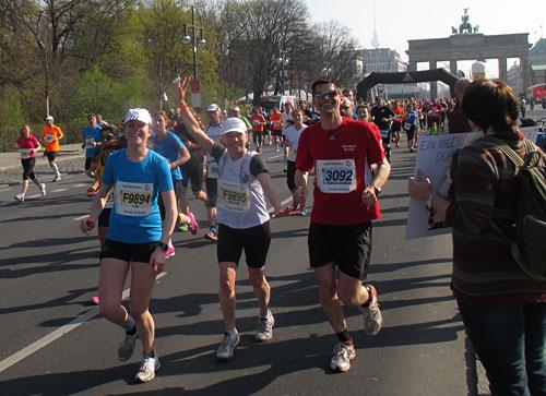 Läufer-Trio beim Berliner Halbmarathon 2014