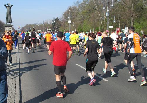 Läufer auf der Straße des 17. Juni