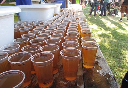 Tee – Verpflegung für die Läufer