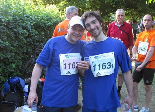 Entspannte Stimmung bei den läufern, die ihre 5 km schon hinter sich hatten