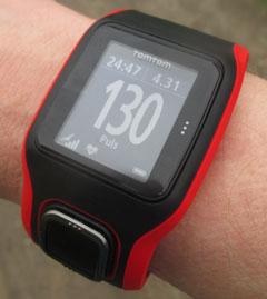 Vergleich HF-Wert TomTom Runner Cardio mit Messung am Handgelenk
