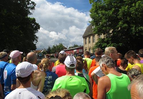 Halbmarathon-Läufer vor dem Start
