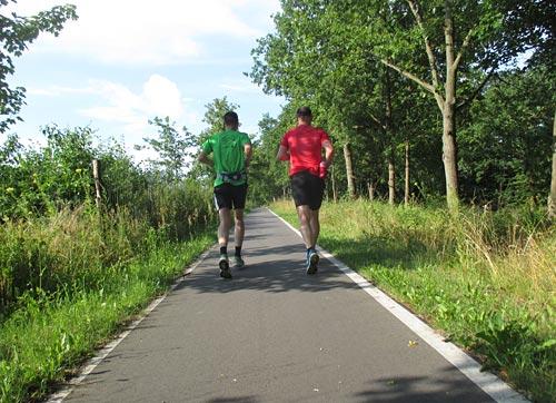 Läufer auf der Straße nach Diedersdorf