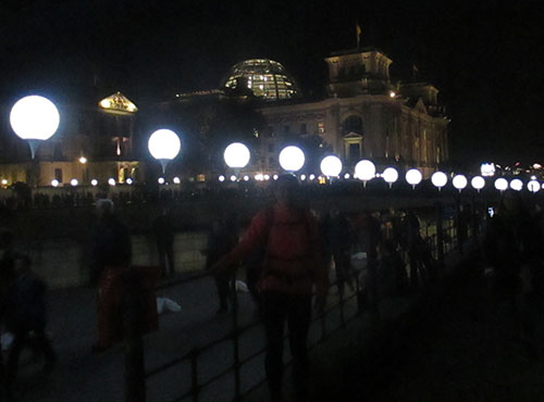 Lichtgrenze vor dem Reichstag