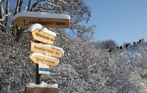 Schilder Alpengipfel im Freizeitpark Marienfelde