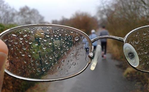 Langer Lauf bei Regen