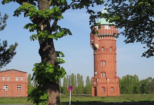 Turm auf dem Gelände des Gaswerks Mariendorf