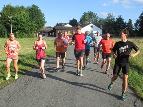 Start zum Abendlauf im Laufblogger-Camp 2015, Hohegeiß, Harz