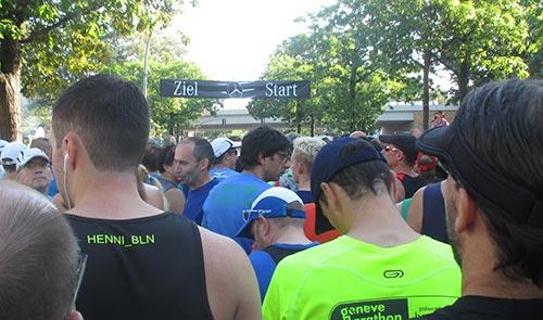 Kurz vor dem Startschuss zum 17. Mercedes-Halbmarathon