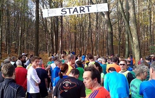 Kurz vor dem Start des Crosslaufs (Schmalzstullenlauf) 2015