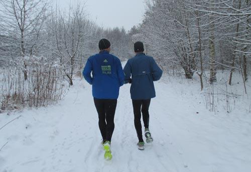 Laufen durch den Schnee