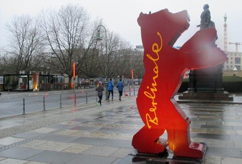 Läufer mit Berlinale-Bär