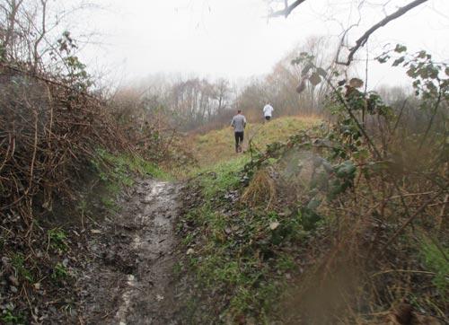Anstrengende Passage über mehrere kleine Hügel