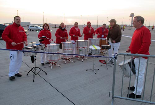 Samba-Band beim Airport Night Run 2016 auf dem BER