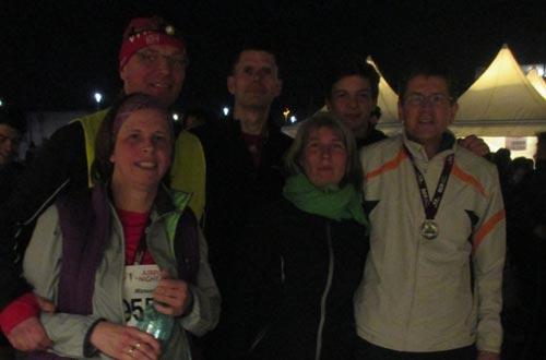 Läufer-Gruppenfoto nach dem Lauf