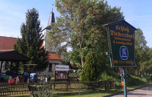 Bei Schloss Diedersdorf