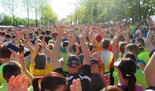 Vor dem Start des Regensburg-Marathon 2016