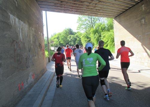 Läufer im Tunnel