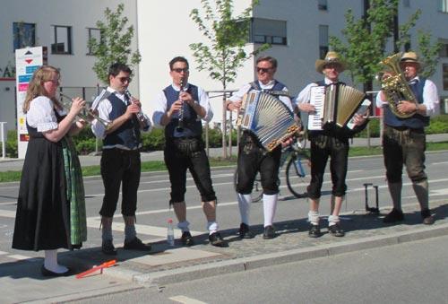 Bayerische Musik am Streckenrand