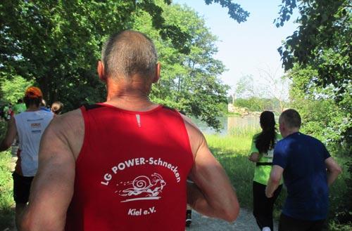 Kurzer Läufer-Blick auf die Heilandskirche Sacrow