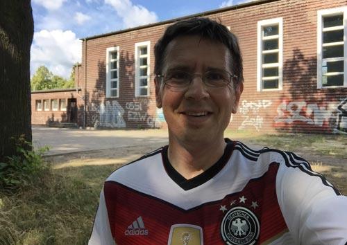 Angekommen am ersten Staffel-Wechselpunkt der 100 Meilen von Berlin in Teltow