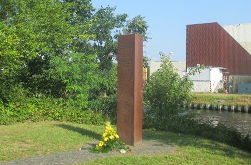Gedenkstele für das Maueropfer Chris Gueffroy