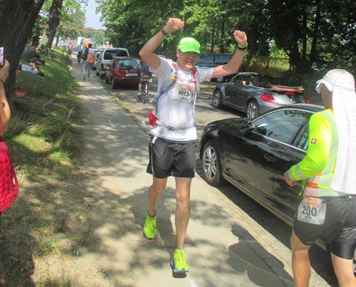 Geschafft! Nach 59 km am Wechselpunkt Teltow