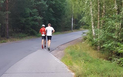 startblog-f-Staffelläufer auf der 3. Etappe der 100 Meilen von Berlin