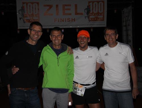 Team startblog-f im Ziel bei den 100 Meilen von Berlin