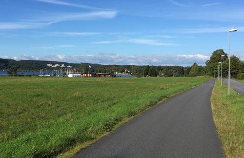 Weg zurück zum Bootsanleger in Alingsås