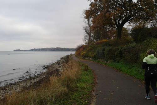 Laufweg an der Kieler Förde