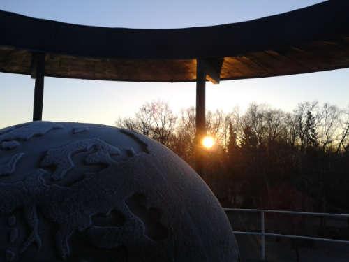 Weltkugel auf dem Lilienthal-Denkmal