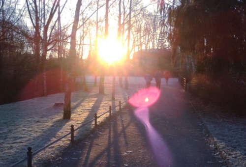 Laufen gegen die Sonne