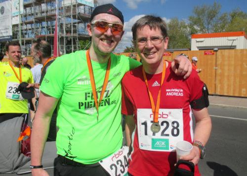 Flitzpiepe und startblog-f-Läufer beim Drittelmarathon in Potsdam