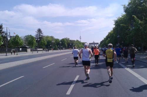 Läufer auf der Bismarckstraße