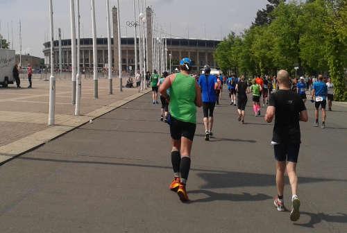 Läufer kurz vor dem Olympiastadion