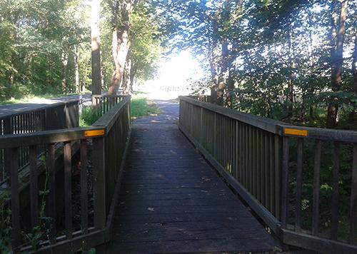 Holzbrücke auf dem Weg nach Großbeeren