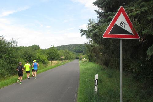 Landstraße nach Freyburg