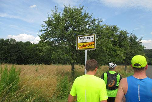 Läufer Richtung Freyburg