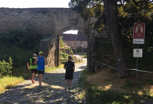 Eingang zum Schloss Neuenburg
